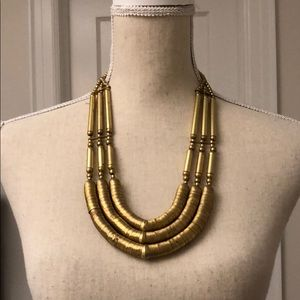 Jewelry - Cool Gold Necklace!